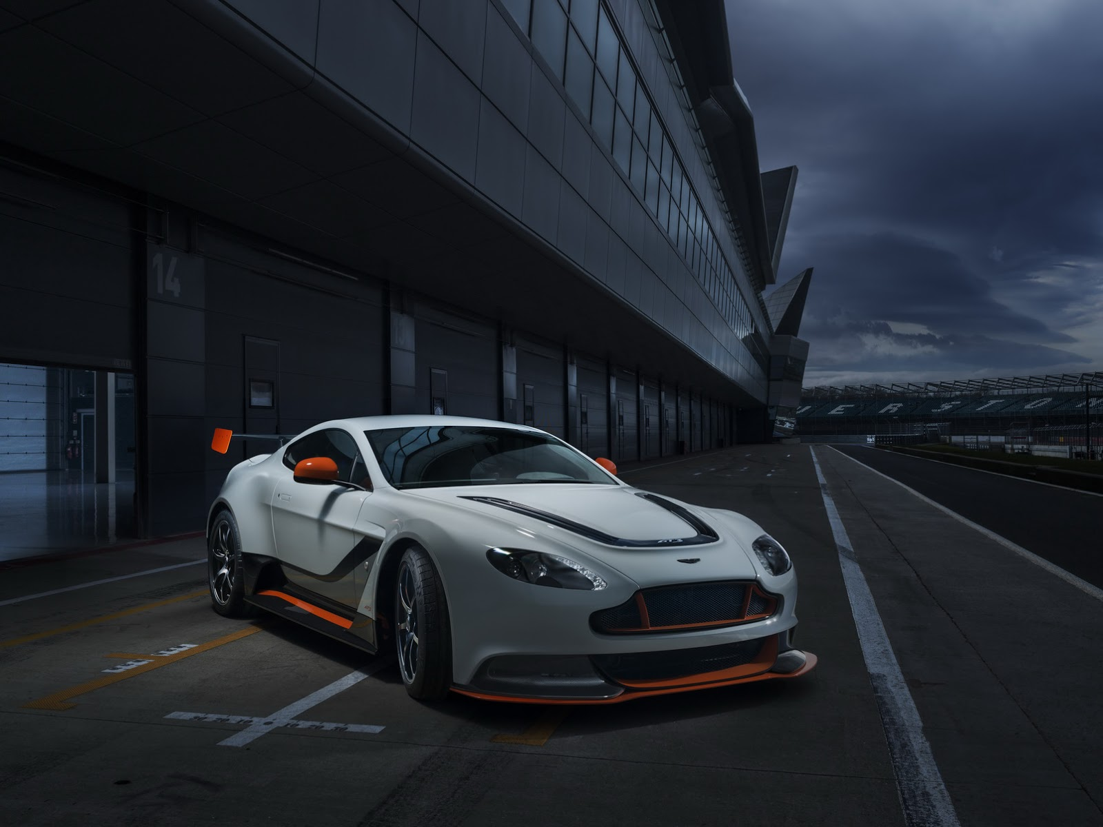 New Vantage Gt3 Is Aston Martin S Most Track Focused