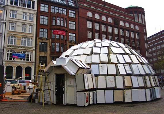 Relaxshacks.com: A giant igloo house made from old recycled ...