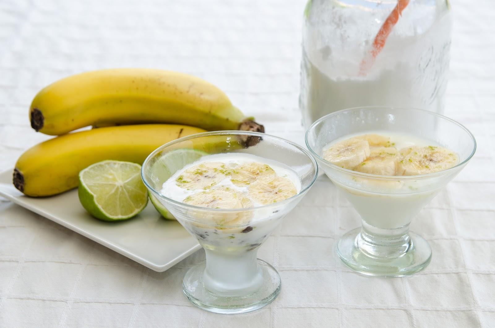 receta-postre-sana-saludable-cocina-adelgazar-casera-platano-almibar-lima-helado-yogur-bruja
