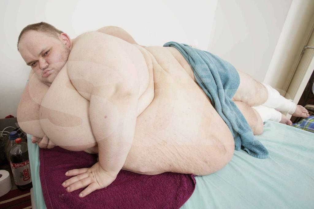 Fattest Person in Britain Britain's Fattest Man Fights