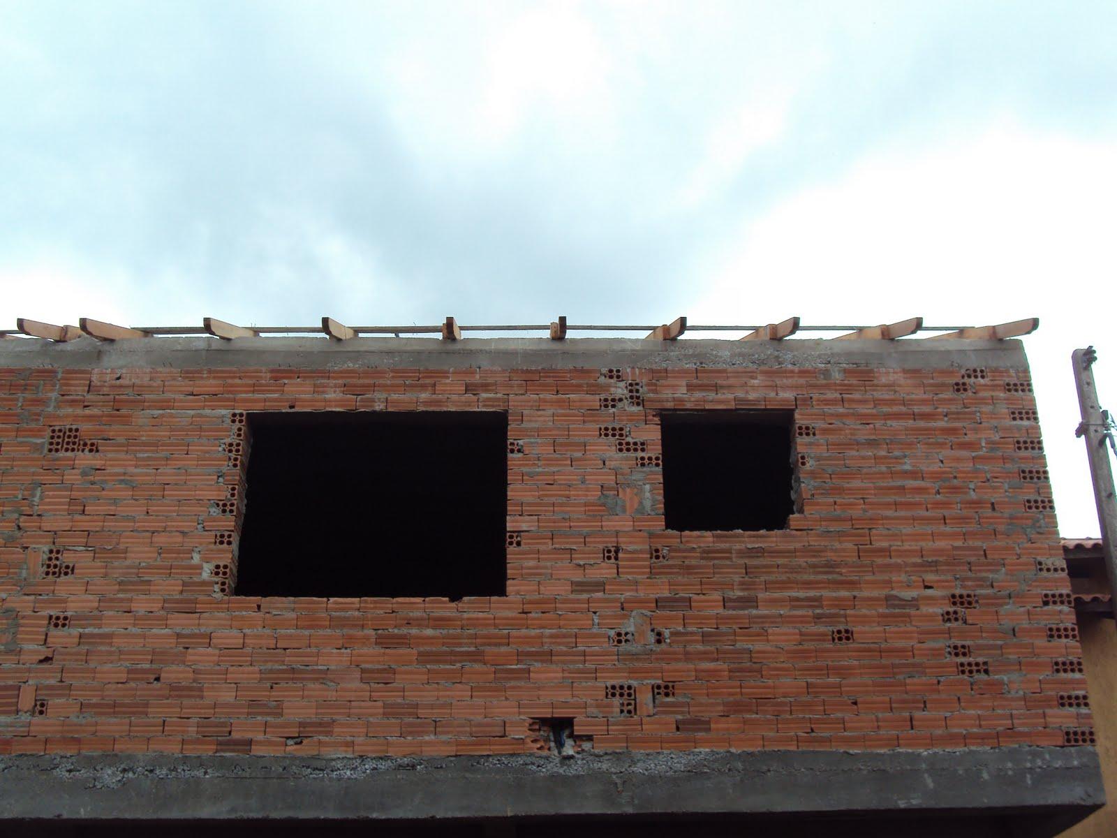 Porto Alegre RS: Avança o madeiramento do telhado das Casas 3 e 4 #2090AB 1600x1200