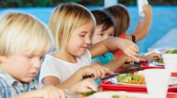 Settlement to claim for raised price of Iowa school food