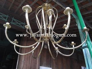 kerajinan lampu Robyong kuningan| kerajinan lampu Robyong tembaga|lampu kuningan|lampu gantung|lampu hias|kerajinan seni logam| produk logam tembaga kuningan|seni pahat|ukir|jual|sentra industri|supplier|tembaga|kuningan|handicraft|interior dan eksterior|perlengkapan kantor|hotel|appartment|kriya art logam tembaga kuningan|tumang |boyolali|jawa tengah|kerajinan tangan|