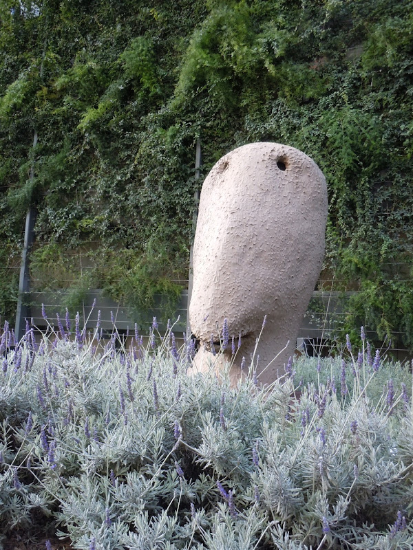 October Moonrise sculpture Ugo Rondinone