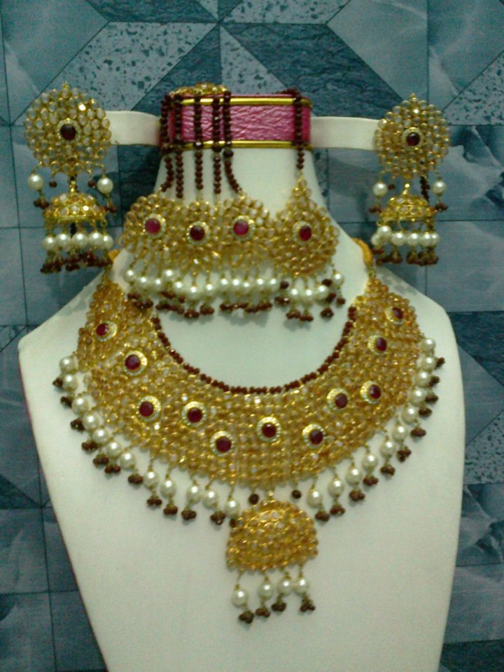 Latest Pakistani Bridal Jewellery Sets