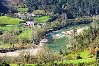 Candamo, de Peñaflor a Grullos, vista del río Nalón