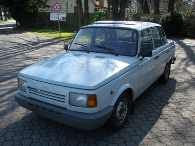 wartburg car for sale 1988masini de vanzare auto germania. Black Bedroom Furniture Sets. Home Design Ideas