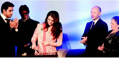 Aishwarya Rai Bachchan birthday celebration Photos