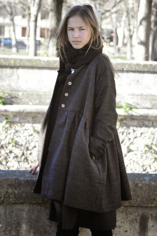 http://www.vdj-boutique.com/vestes-et-manteaux/3598-manteau-enfant-drap-brun.html