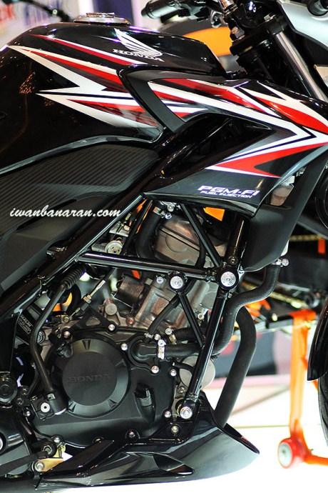 Daftar Harga: Honda CB 150R vs New Vixion
