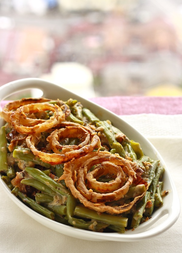 How to make green bean casserole from scratch using only fresh ingredients by SeasonWithSpice.com