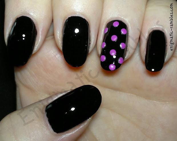 enigmatic rambles nails black