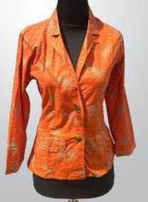 Model baju kerja batik