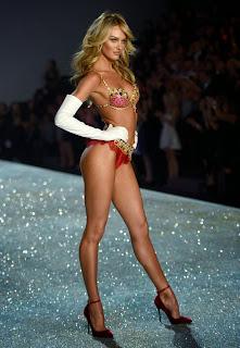Candice-Swanepoel-wears-the-$10million-Fantasy-Bra-2789798.jpg