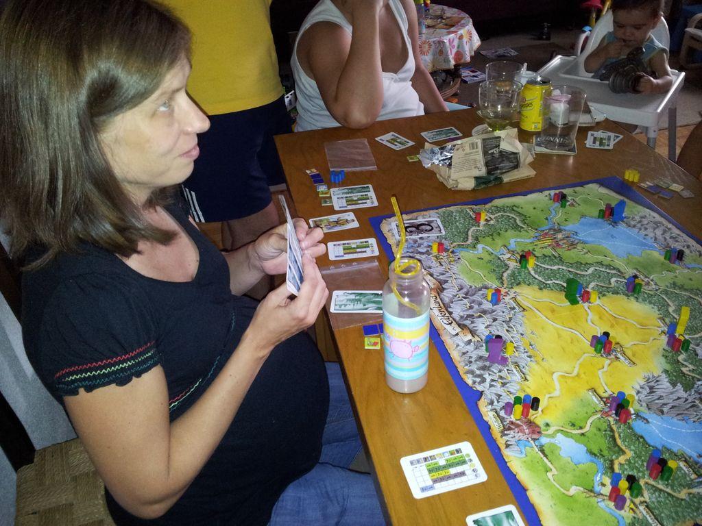 Blog de una madre desesperada tarde de juegos de mesa con - Mesas para ninos pequenos ...