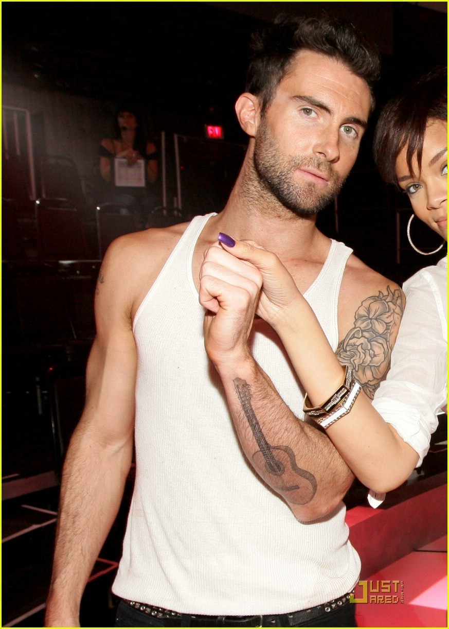 Adam Levine - Photo Set