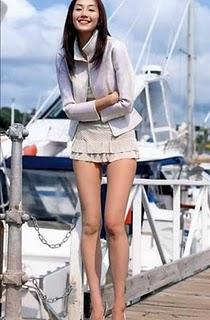 inspiration: girls in mini skirts
