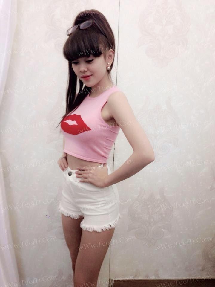 Ảnh gái xinh Yuni Trang trẻ nhưng siêu dâm 8