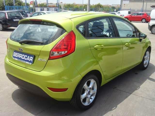 http://www.berrocar.com/index.php?option=com_coches&modelo=10863