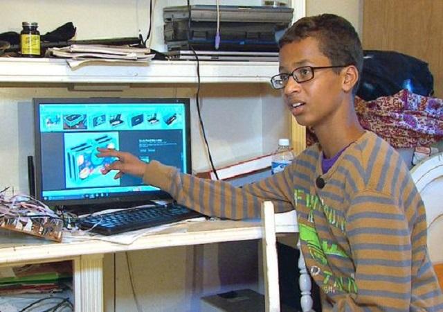 """KISAH INSPIRATIF : """"Masya Allah, Remaja Muslim yang Pernah Dituduh Bikin Bom Ini Kini Jadi Rebutan Facebook dan Google"""""""