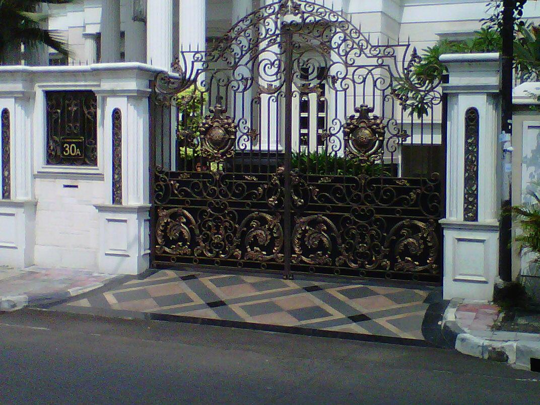 jual pintu pagar besi