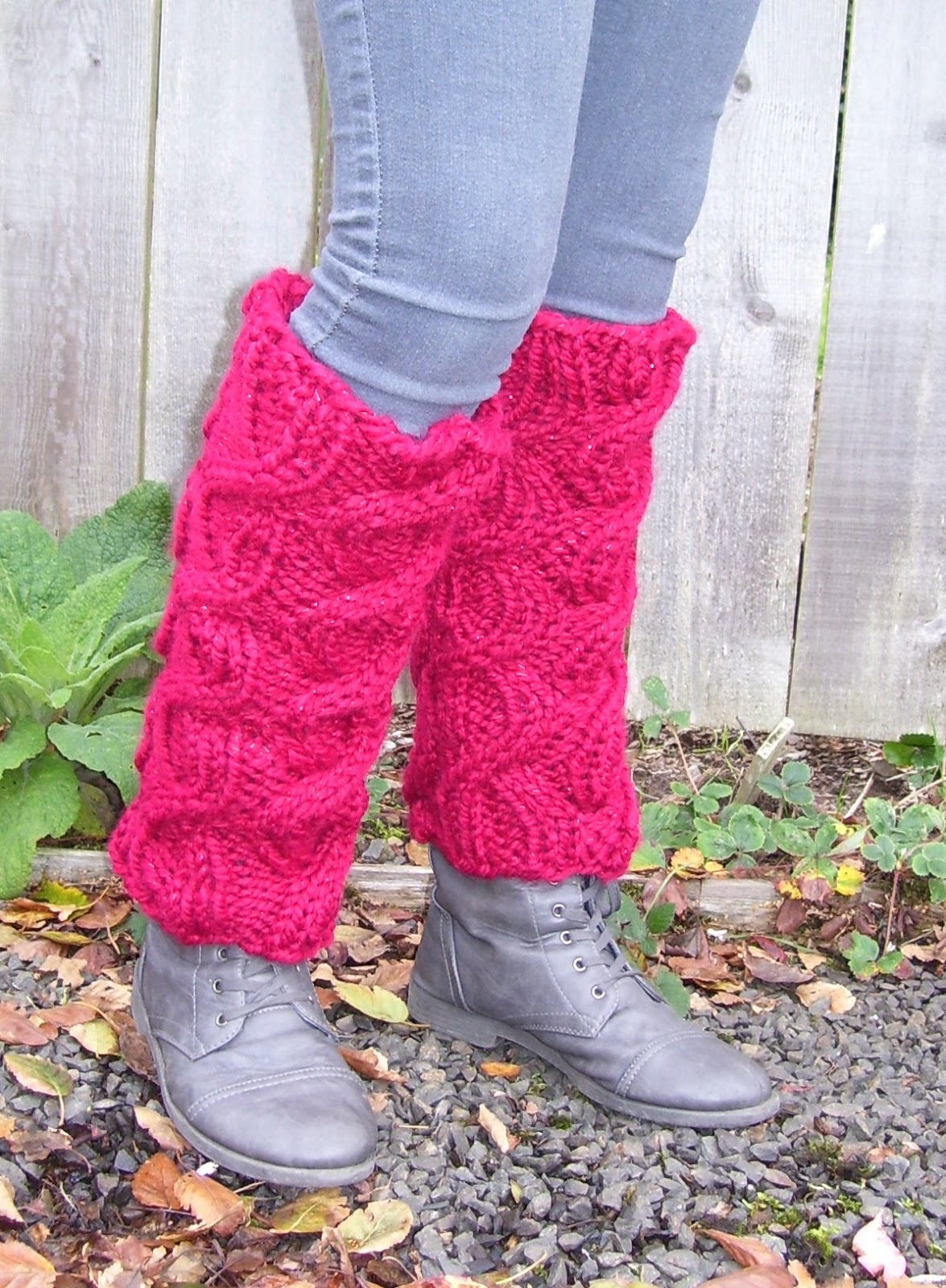 Knitting Pattern Leg Warmers Bulky Yarn : MarilynnsGardenKnitDesign: Quick Gift Leg Warmers