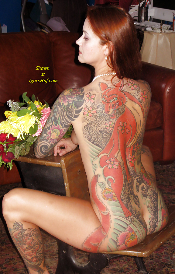 naked female as a tattoo