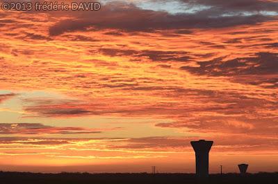 matin silhouette aube ciel rouge nuage Seine-et-Marne