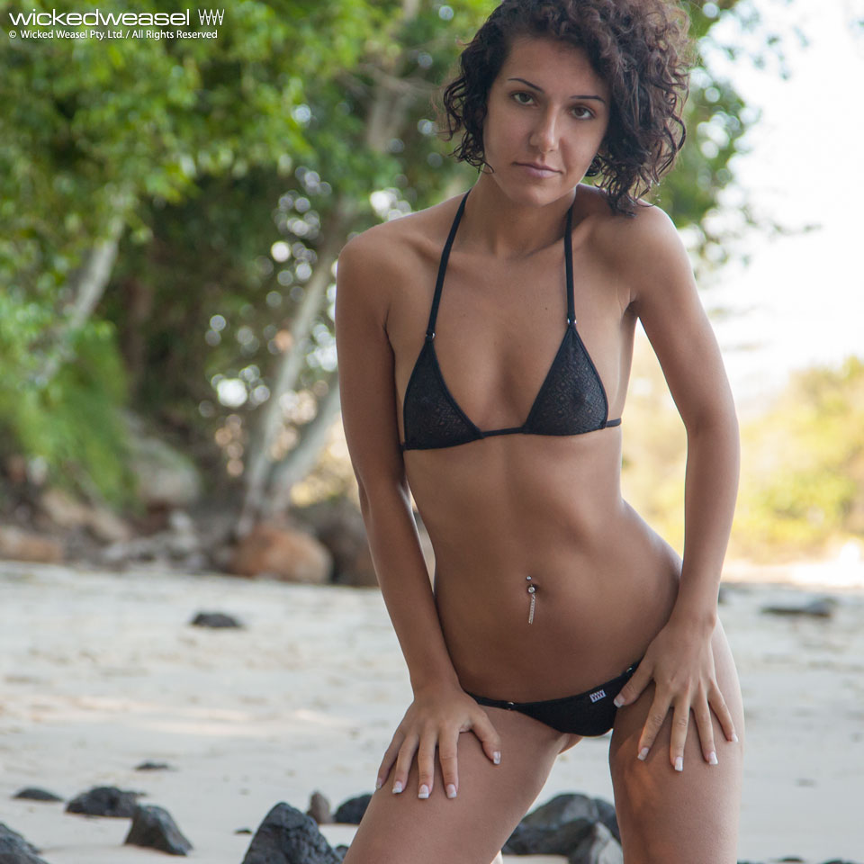 hot bikini models galleries