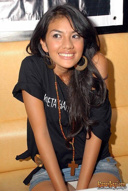 Kumpulan Penampakan CD Artis-Artis Indonesia III