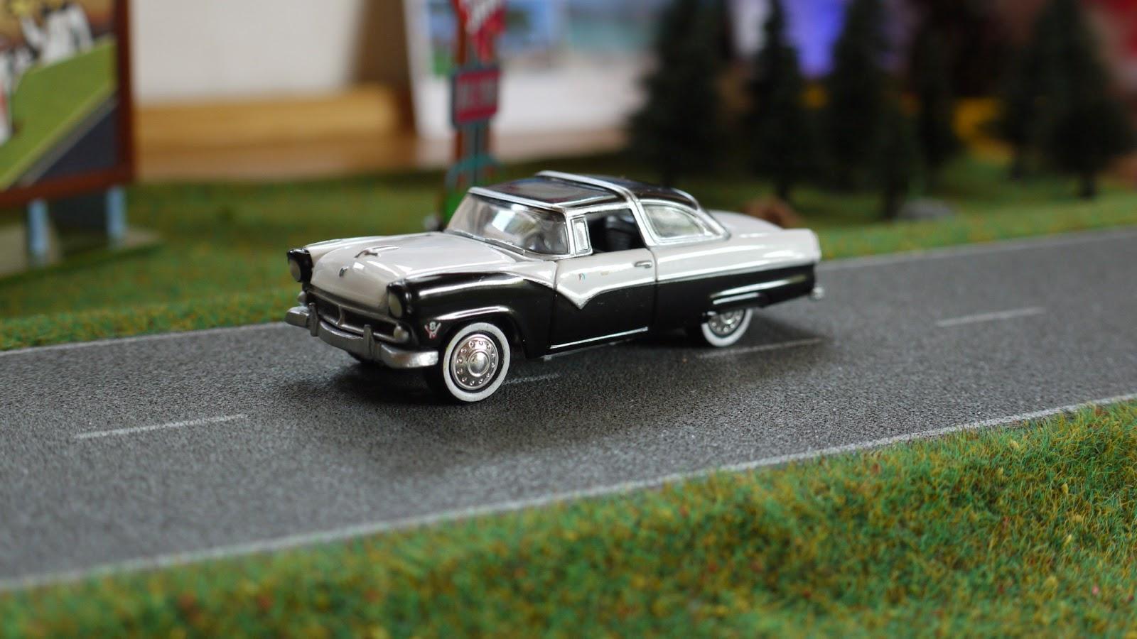 Diecast Cars 1 64 Modellautos 164 Modellbilar 1955 Ford F100 Vector Crown Victoria Johnny Lightning