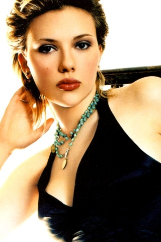 celebrities iphone wallpapers scarlett johansson iphone