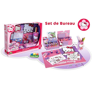 Hello kitty la famille dolce for Set de bureau fantaisie
