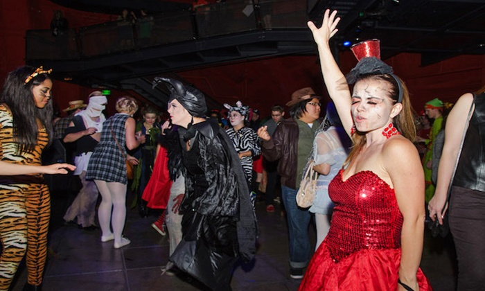 11 fall activities to check out in Seattle; Fashionably Undead Prom