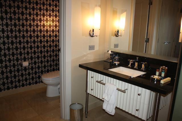Cosmopolitan Hotel Las Vegas Bathroom Pictures