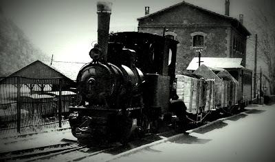 tren guardiola de berga estación tren riutort mina petroleo guardiola bergueda