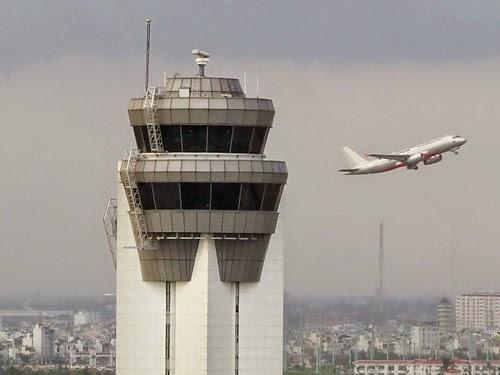 Sự cố mất điện dẫn đến mất điều hành bay nghiêm trọng ngày 20.11 được xác định ban đầu do lỗi con người - Ảnh: Bạch Dương