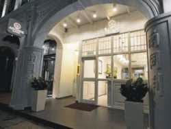 Harga Hotel Bintang 4 di Singapore - Adonis Hotel