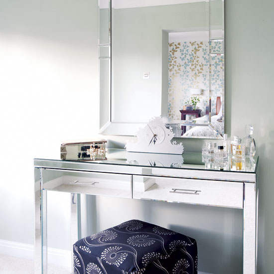 Impressive Mirrored Vanity Dressing Table 550 x 550 · 45 kB · jpeg