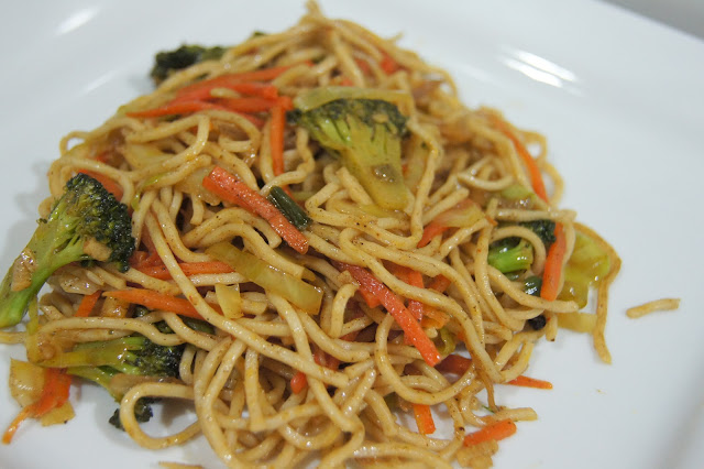 Simple Vegetarian Recipes: Chinese Five Spice Noodles