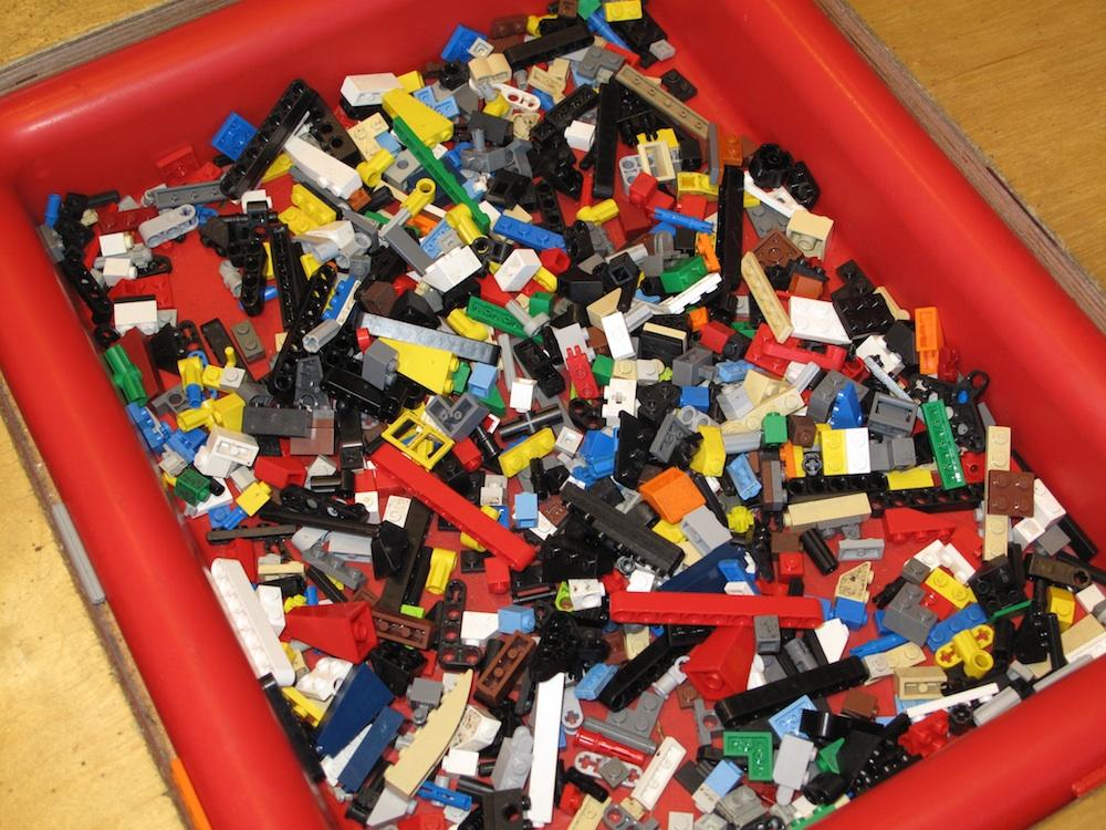 helping you organize: How to organize Legos