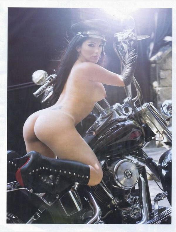 Confira Todas As Fotos Da E Bbb Anamara Nua Pelada Na Revista