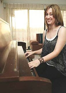 Katie McDonald received piano via freecycle