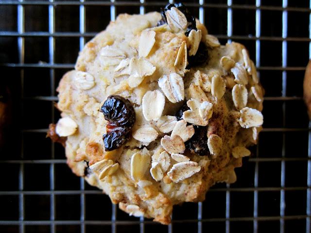 muffin monday: cherry, oatmeal & walnut muffins