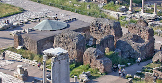 Sezar Tapınağı