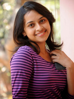 Sri Divya hot photos