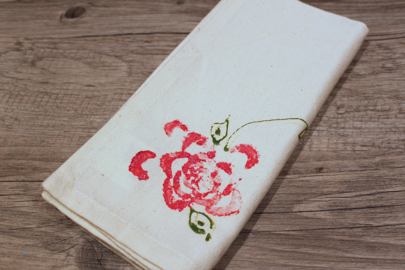 How to make roses, owls and wood from paper napkins with your own hands