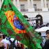 O Brasil começou a Sangrar: Manifestantes derrubam placa e colocam fogo em orelhão (VÍDEO)