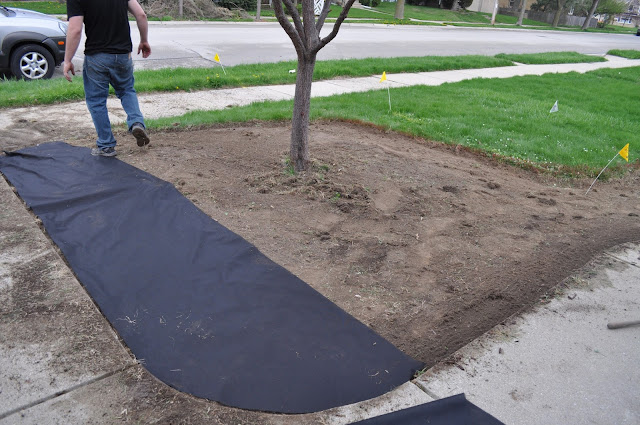 landscaping, mulch, sod cutter, planting, DIY, Reno, landscape fabric, mississippi stone