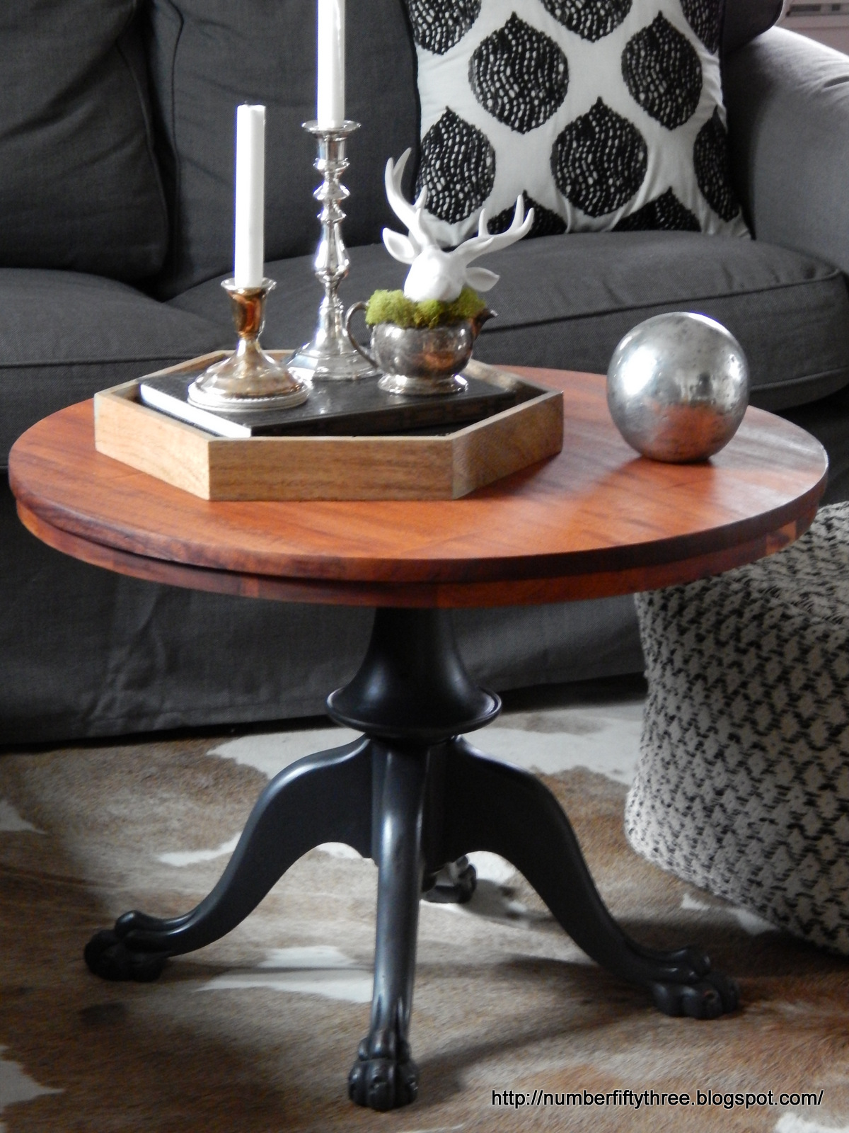 Number fifty three modern farmhouse coffee table for Modern farmhouse coffee table
